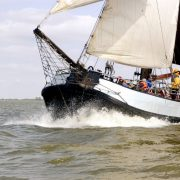 Emma navegando