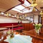 Zeil-klipper-Lauwerszee-dagverblijf-zeilende schepen