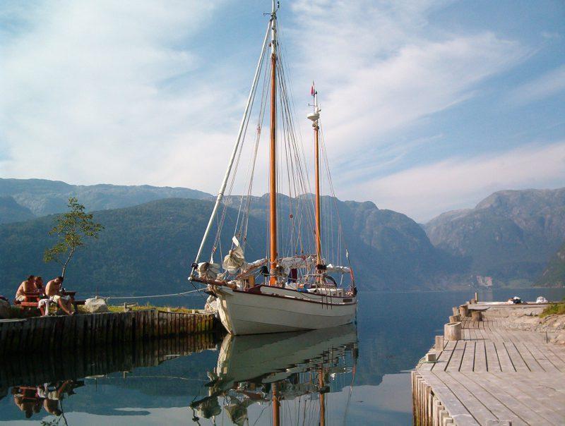 Плавание по фьордам, плавание по Норвегии varenendeschepen.nl Pride