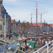 navegant per creuers a Amsterdam