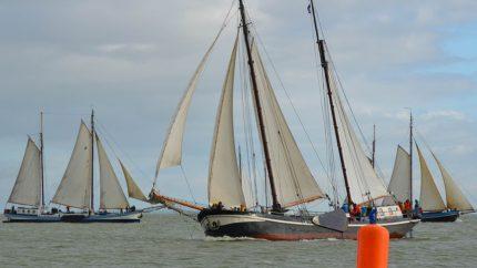 在恩克赫伊森的帆船比赛