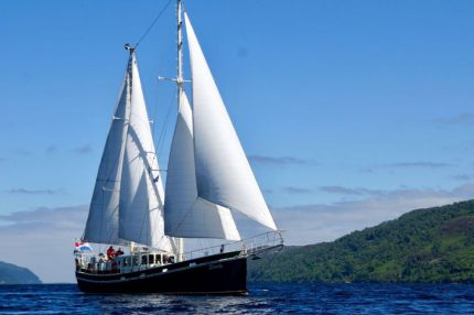 vakaa purjehdusmatka Skotlannissa