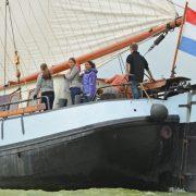 hollandia vela de pie 1