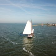 hollandia navegando 4 de pie