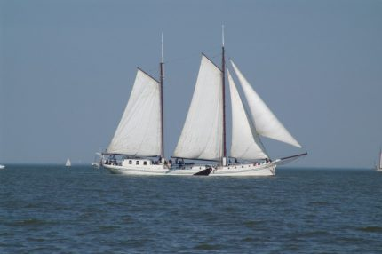 Atalanta sailing on the Wadden Sea