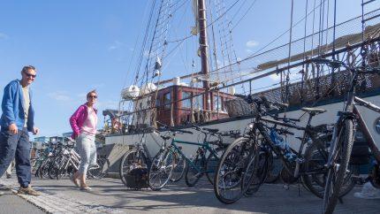 vitorla és kerékpár kerékpár és vitorla