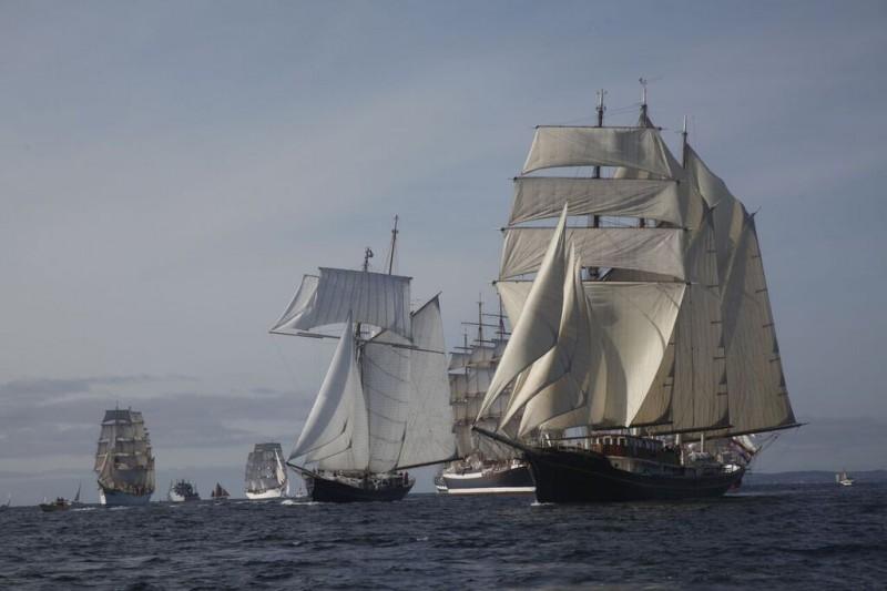 背の高い船のレース2020